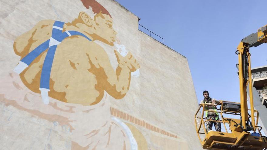 Das Riesen-Graffiti am Abstellgleis