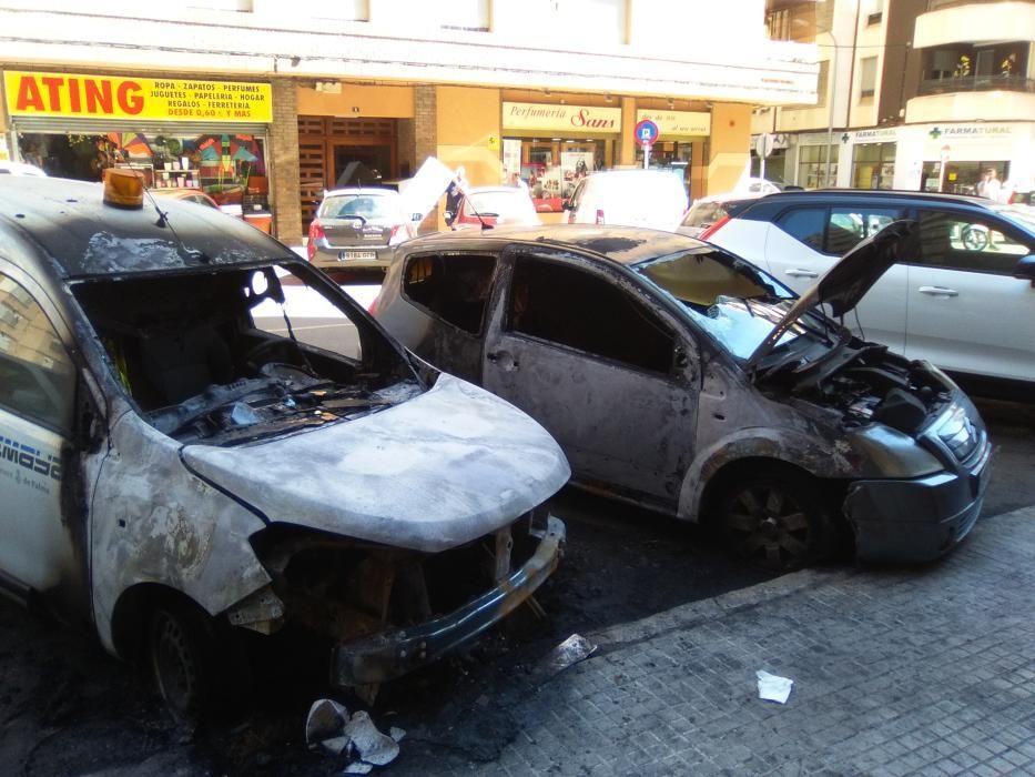 Pegan fuego a una furgoneta de Emaya y a una excavadora en Palma