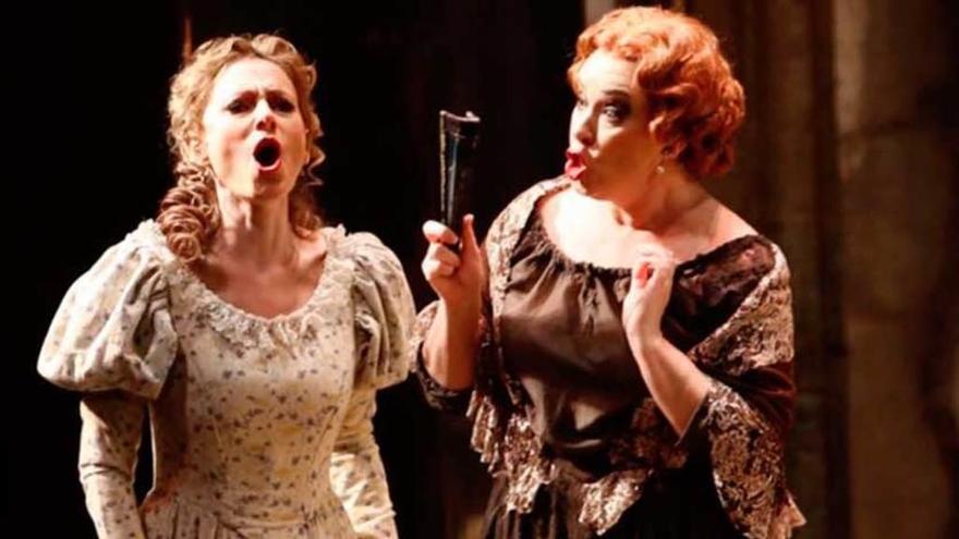 """Doña Francisquita"" seduce al teatro Campoamor"