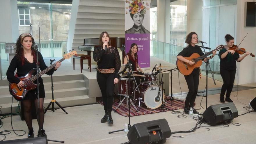 Pontevedra recoñece á Rosalía máis crítica e reivindicativa