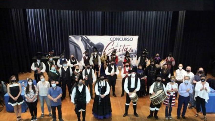 Siete grupos compiten en el Concurso de Gaitas do País en Ponteareas