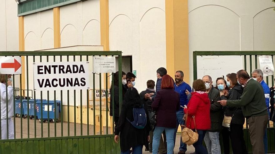 La tercera dosis de la vacuna llega al Palacio del Vino de Almendralejo el martes
