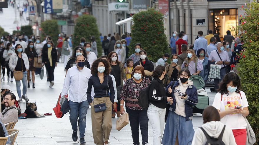 Vigo vuelve a liderar la mayor subida de contagios de Galicia con 156 más