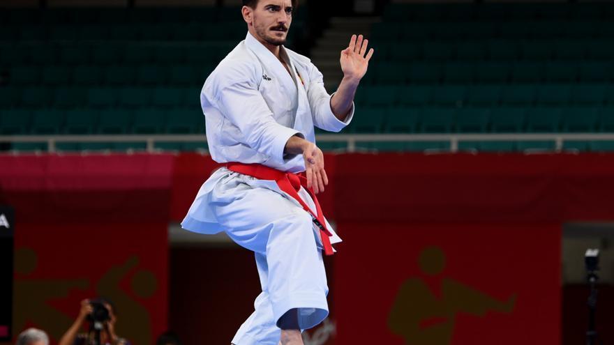 Damián Quintero logra la medalla de plata en kata