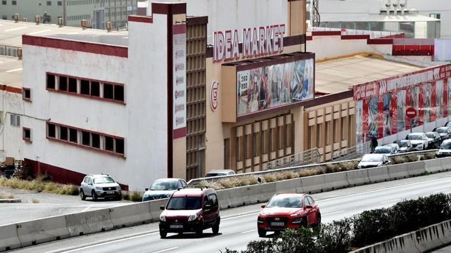 Inauguran en Las Huesas el mayor centro de mercancía procedente de China
