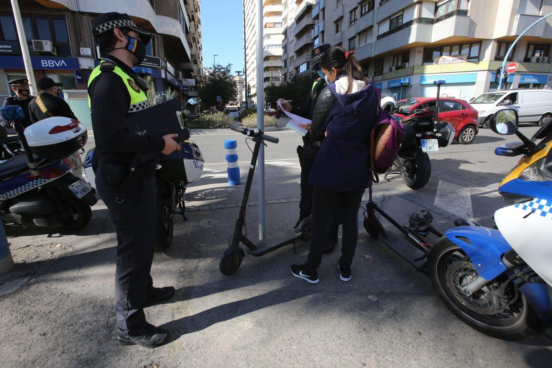 Primeras multas en Alicante a usuarios de patinetes por incumplir la ordenanza