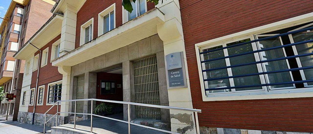 El centro de salud de Pola de Lena.