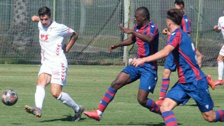 Chumbi da la victoria al Real Murcia en el cierre de la pretemporada