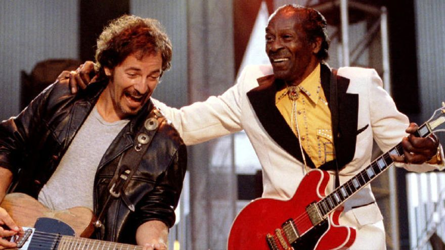 Muere Chuck Berry: Las estrellas del rock le rinden tributo