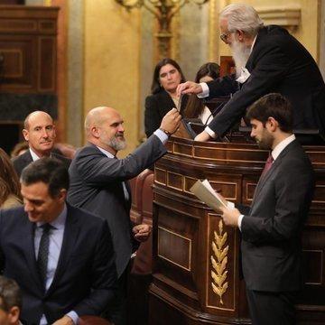 Los diputados y senadores extremeños toman posesión