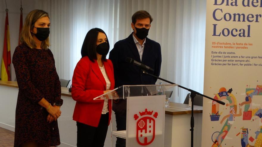 Torró anuncia en Xàtiva más fondos para el comercio