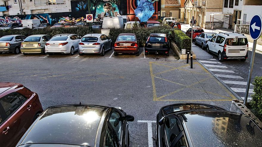 Alcoy regulará el aparcamiento rotatorio con cámaras pero sin que los usuarios deban pagar