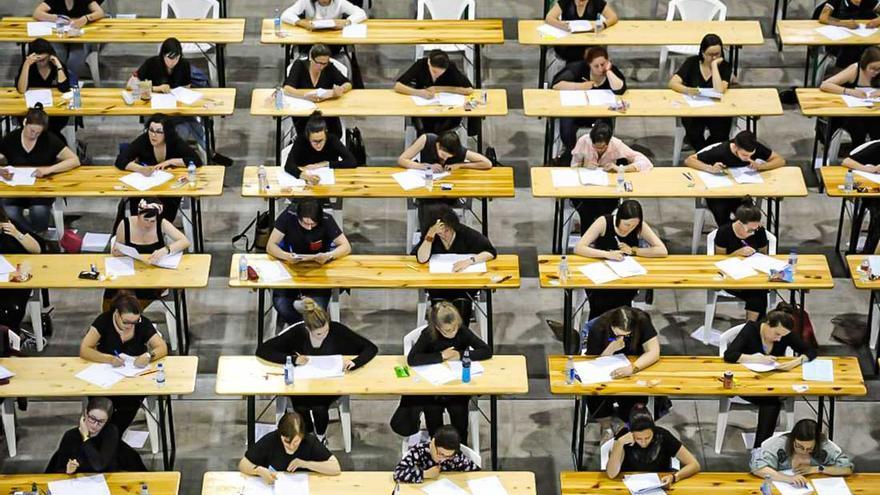 La Xunta podrá realizar la misma oposición en días distintos y con exámenes diferentes