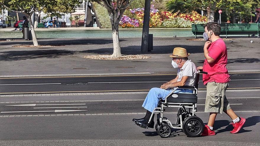 Una residencia de mayores de Tenerife registra un brote que afecta a 39 personas