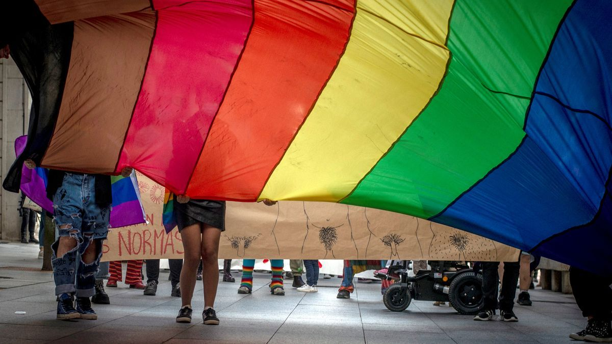 Un momento de la manifestación por el día del Orgullo LGTBI de este 28 de junio de 2021, días antes del crimen homófobo de Samuel Luiz en A Coruña.