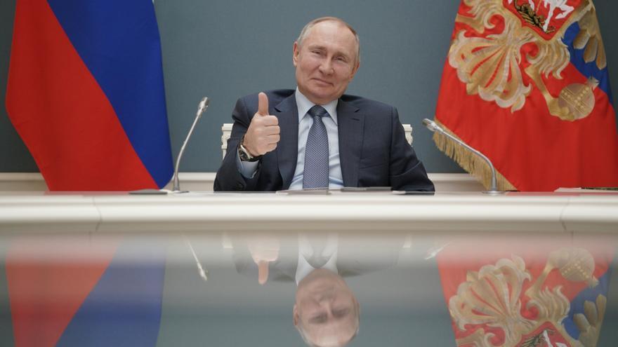 Putin firma la ley que le permitirá permanecer en el poder hasta 2036