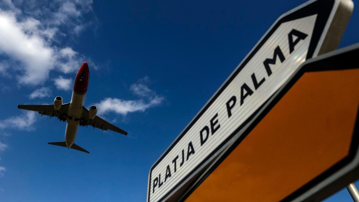El Govern quiere traer a unos 3.000 turistas a Baleares en una fase piloto