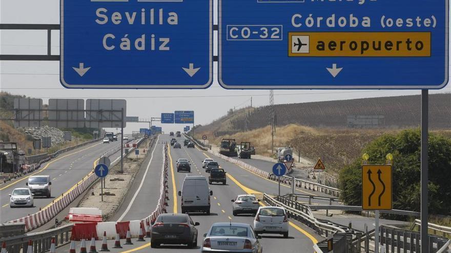 Tráfico prevé en Córdoba más de 100.000 desplazamientos por carretera durante el puente