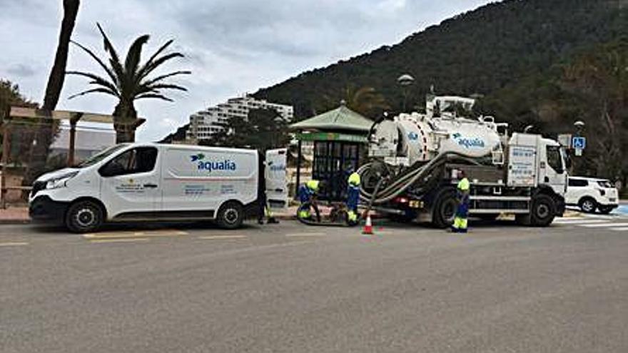 Santa Eulària inicia la campaña de limpieza de la red de pluviales
