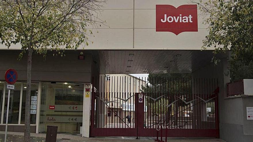 Manresa En Comú demana que Educació es quedi tota l'Escola Joviat i porta el cas al Parlament