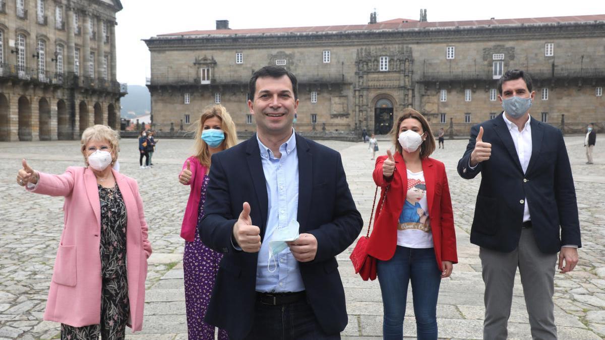 El candidato por el PSdeG, Gonzalo Caballero, en el acto celebrado por su formación esta mañana en la capital gallega. // Xoán Álvarez