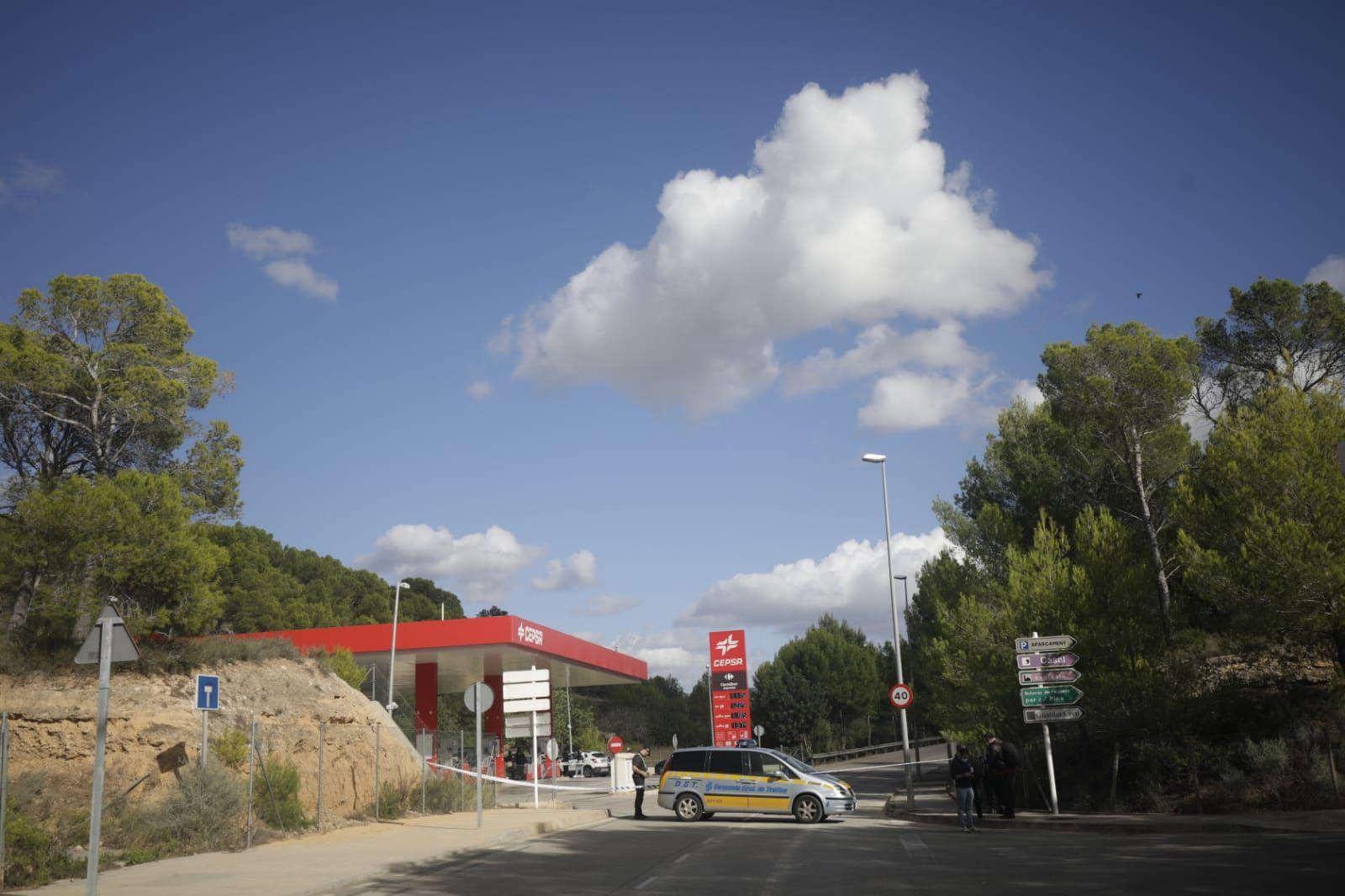 Localizan una pareja muerta en un coche junto a una escopeta en Peguera