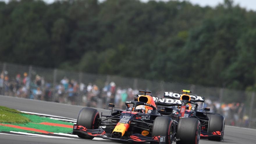 Verstappen gana en Silverstone la primera clasificación al sprint