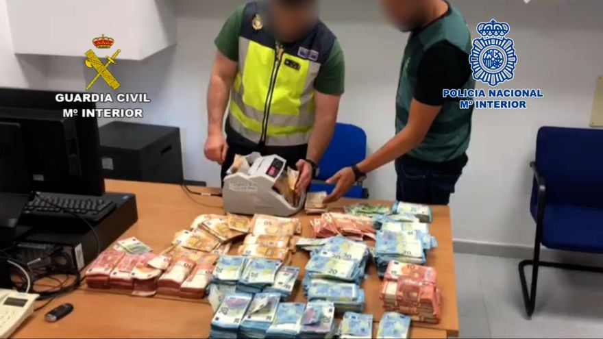 Una juez investiga si un guardia civil recibió dinero de narcos por darles información