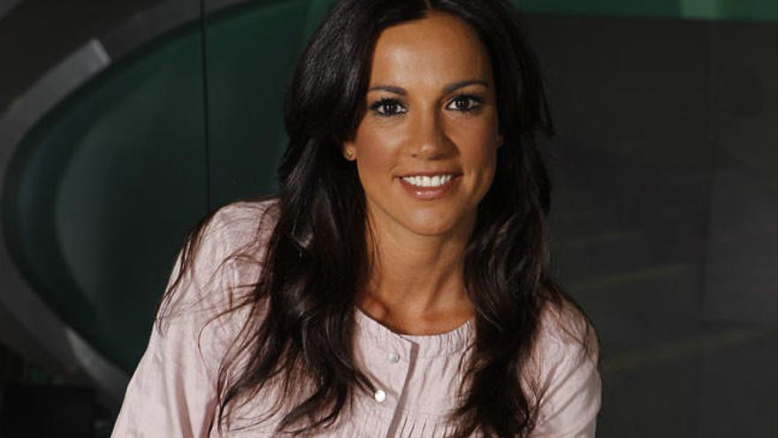 La gallega Cristina Saavedra recibe el Premio Antena de Oro
