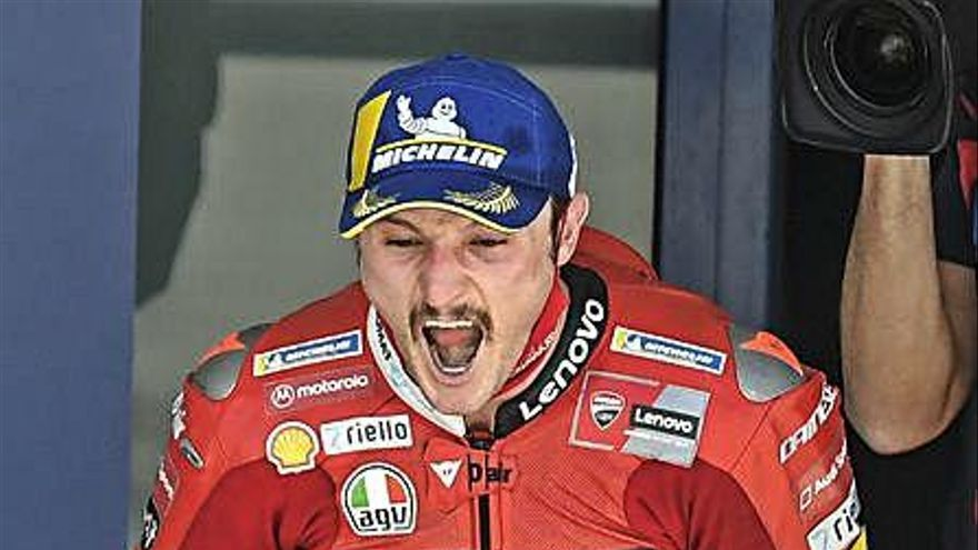 Miller venç a Jerez a causa dels problemes físics de Quartararo