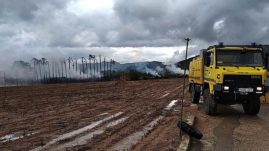Fuego forestal en sa Pobla