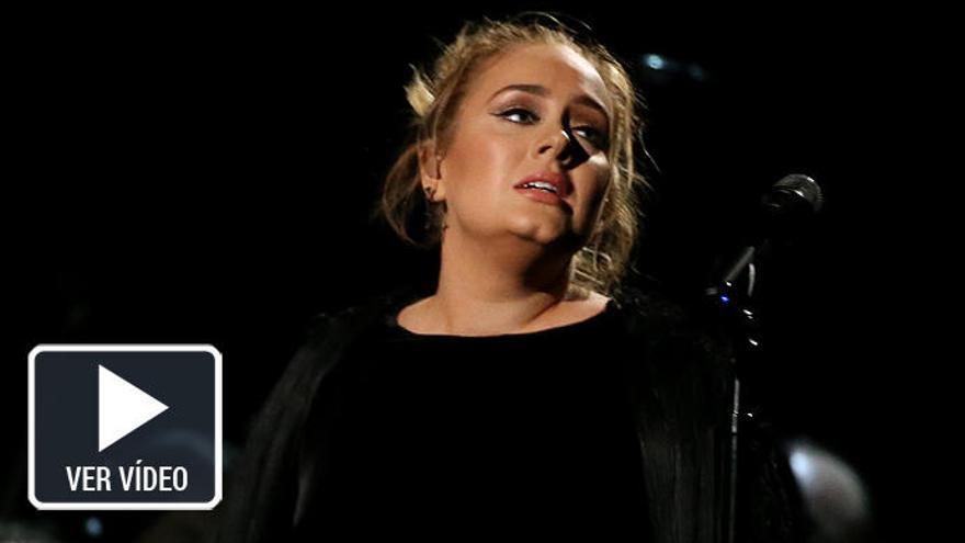 Adele se confunde en su homenaje a George Michael en los Grammy