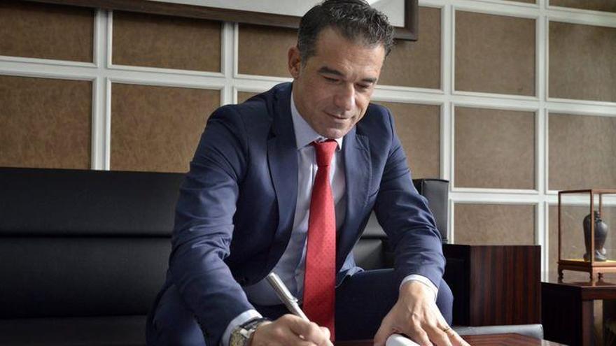 Luis García Plaza, principal candidato para sustituir al destituido Calleja en el Villarreal