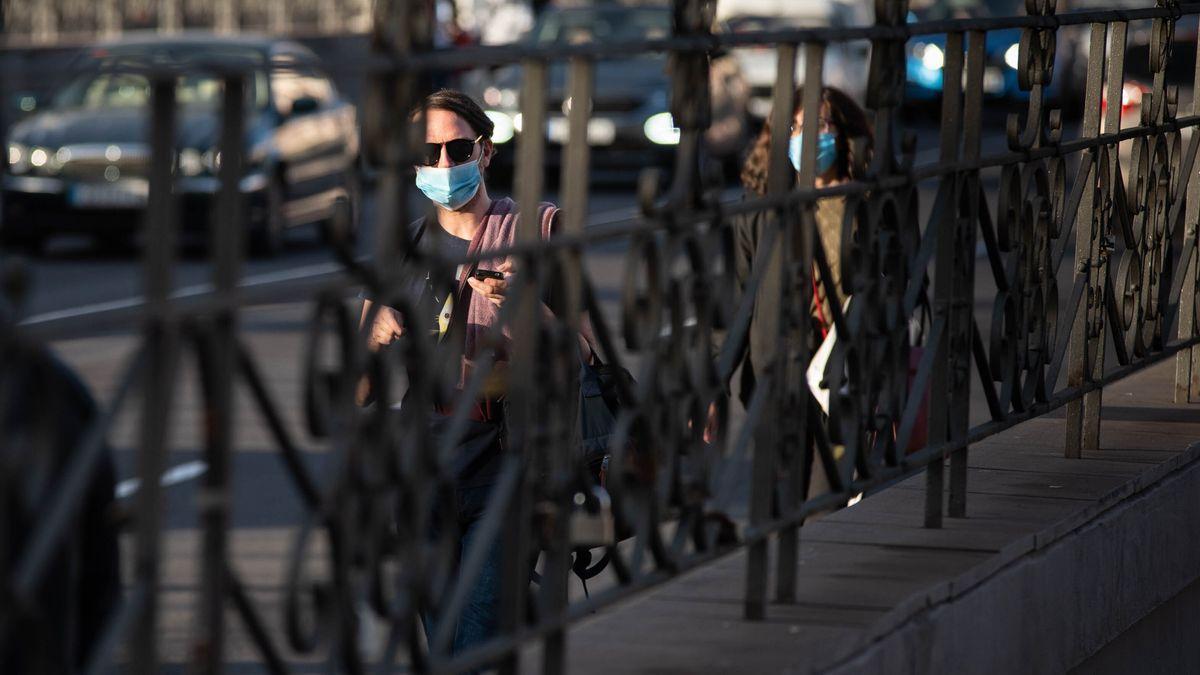 Repunte de casos en Canarias: 212 nuevos contagios y un fallecido