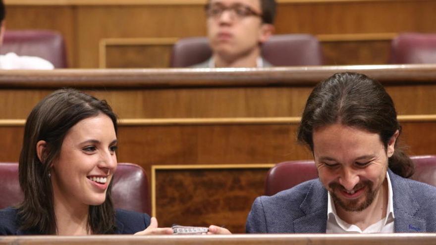 Pablo Iglesias i Irene Montero obtenen l'aval de la militància amb el 68,42% dels vots