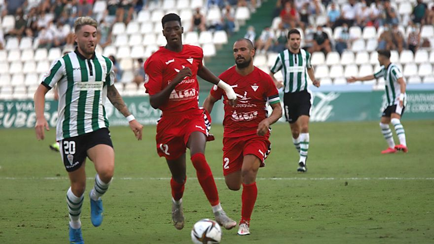 Las imágenes del Córdoba CF-Don Benito