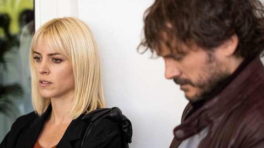 """La serie de intriga """"Malaka"""" llega esta noche a TVE con un doble capítulo"""