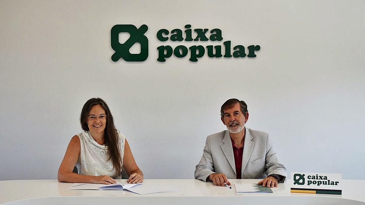 Signatura del conveni entre Fundació Novaterra i Caixa Popular. | LEVANTE-EMV
