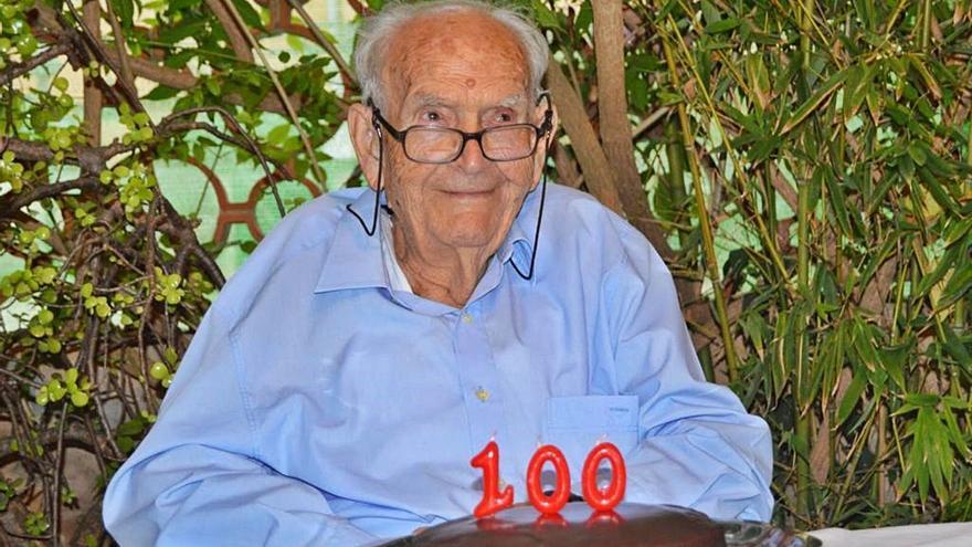 Biel Balaguer cumple 100 años rodeado de familia y amigos de Son Sardina