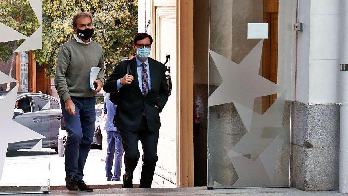 Fernando Simón y Salvador Illa, a su llegada a una reunión del Grupo Covid-19.