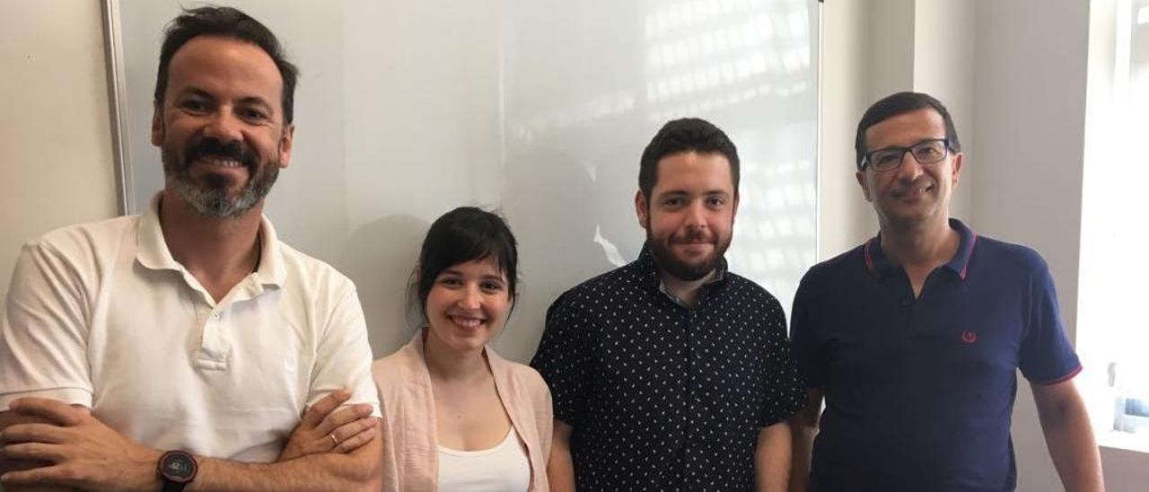 Los investigadores Miguel Carvajal, Alba García-Ortega, Jose María Valero y José Alberto García Avilés