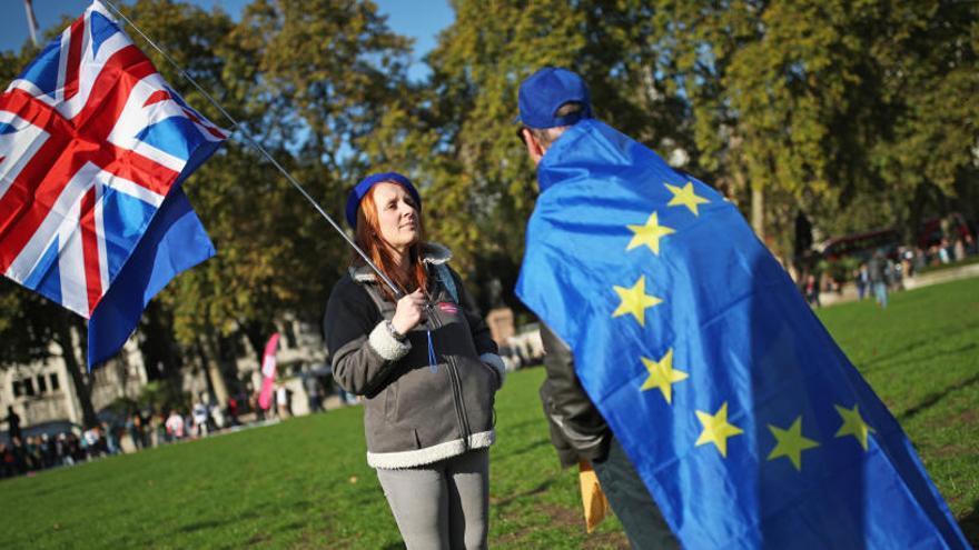 La UE sigue con el plan de aprobación del Brexit