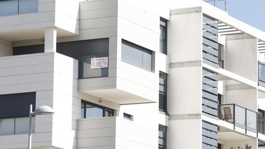 El precio de la vivienda sube un 4,5% en julio y se intensifica en la islas