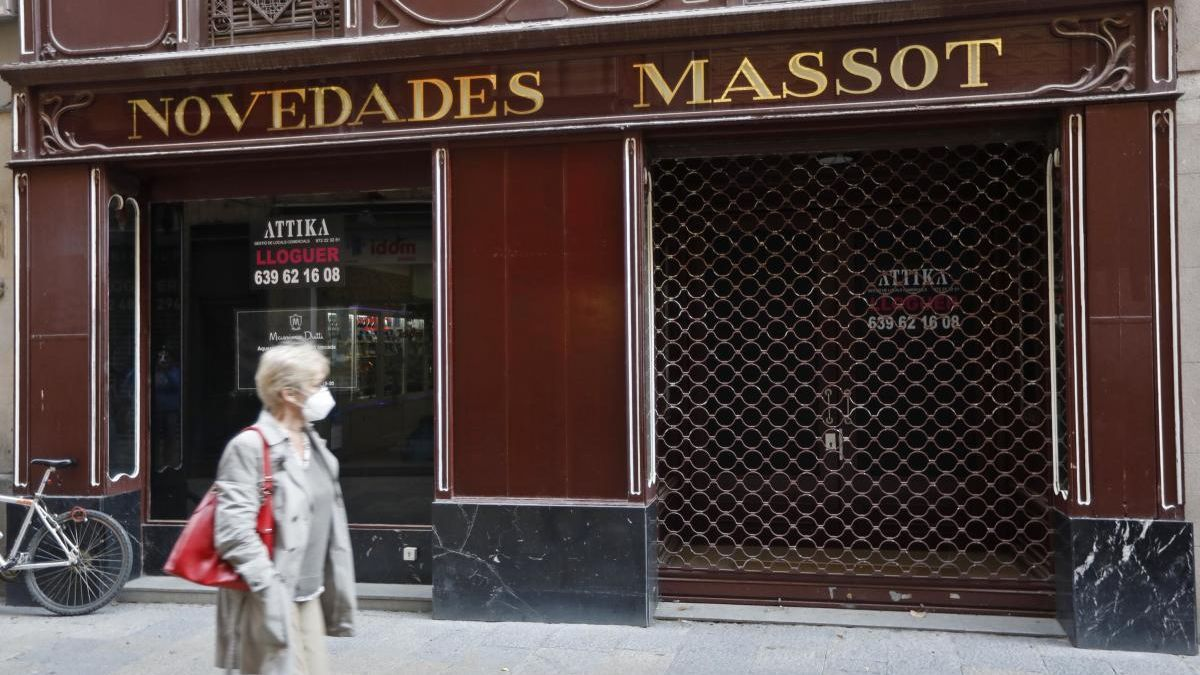 Els bars i restaurants segueixen tancats.