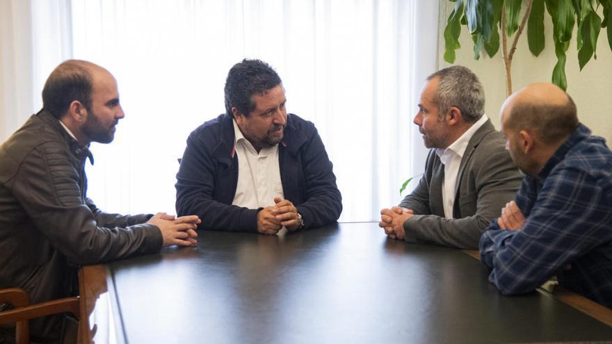 Diputación y La Unió crearán una mesa de trabajo a favor de las explotaciones agrícolas y ganaderas