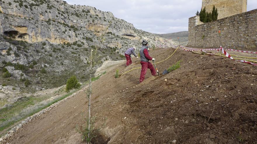 Un proyecto devuelve su forma al entorno de las murallas de Albarracín
