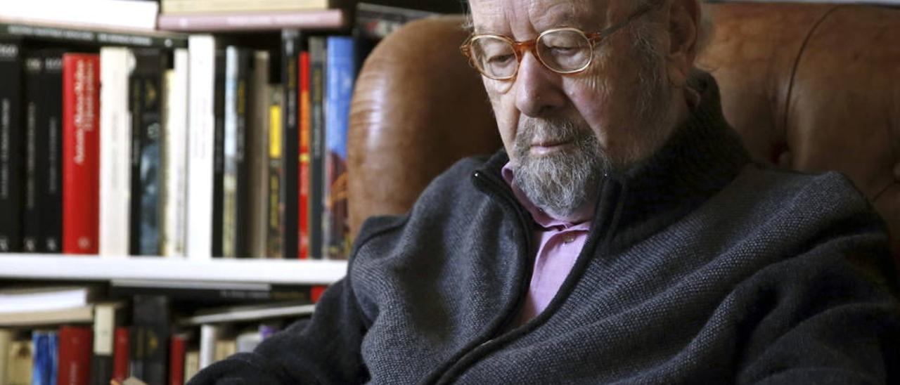 El escritor José Manuel Caballero Bonald.