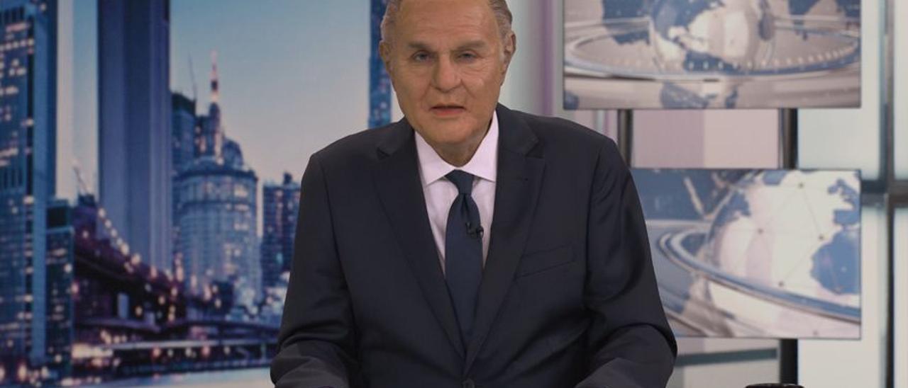 Raúl Pérez, como Pedro Piqueras, en 'Expediente Pérez'.