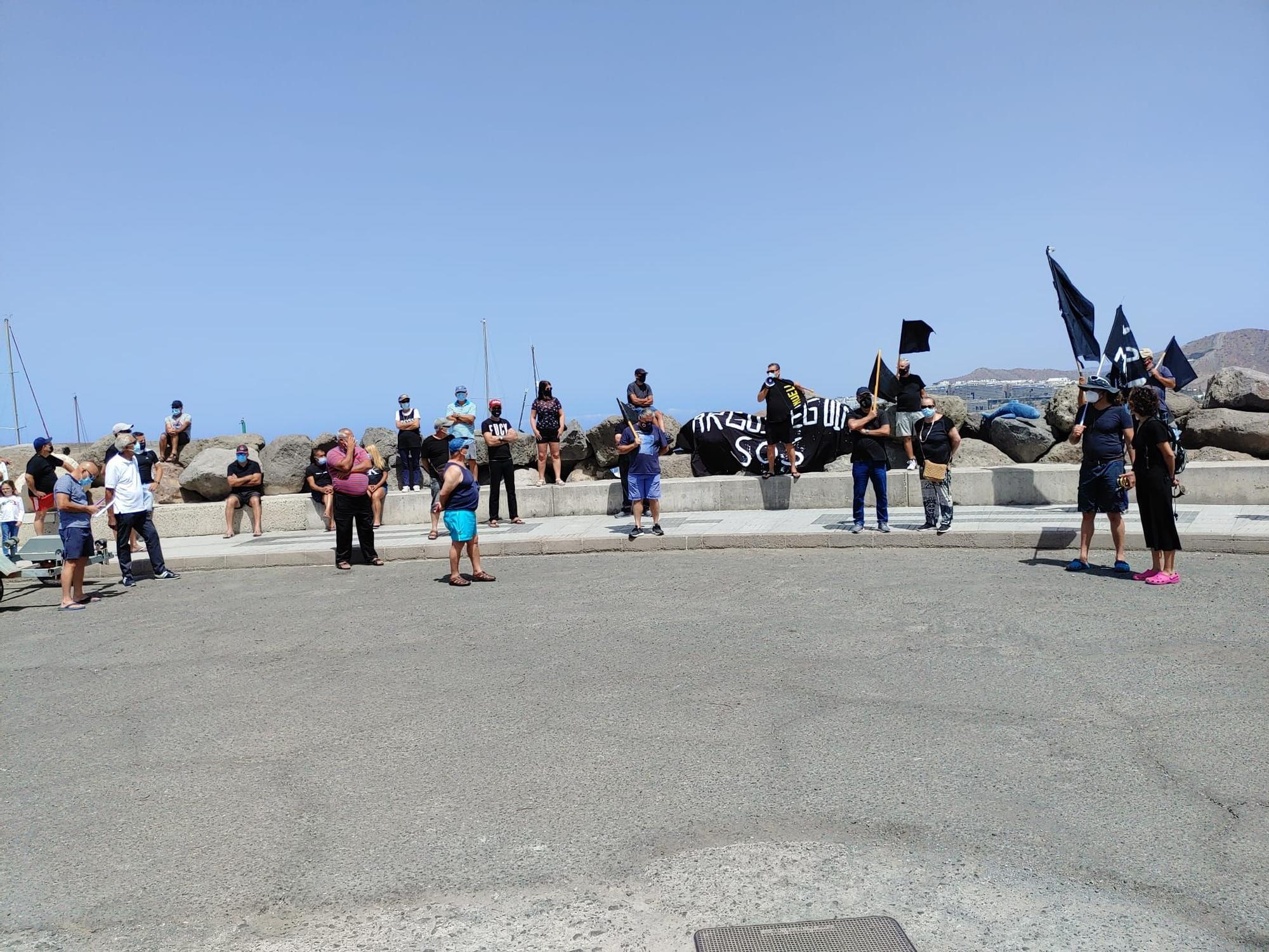 Protesta en Arguineguín por la nueva gestión de los atraques