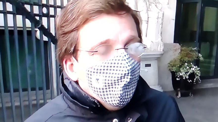 El truco infalible para que no se te empañen las gafas con la mascarilla